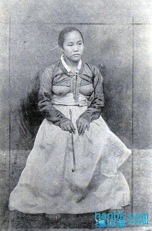源自汉服的韩服女装在李氏朝鲜末年竟演变成