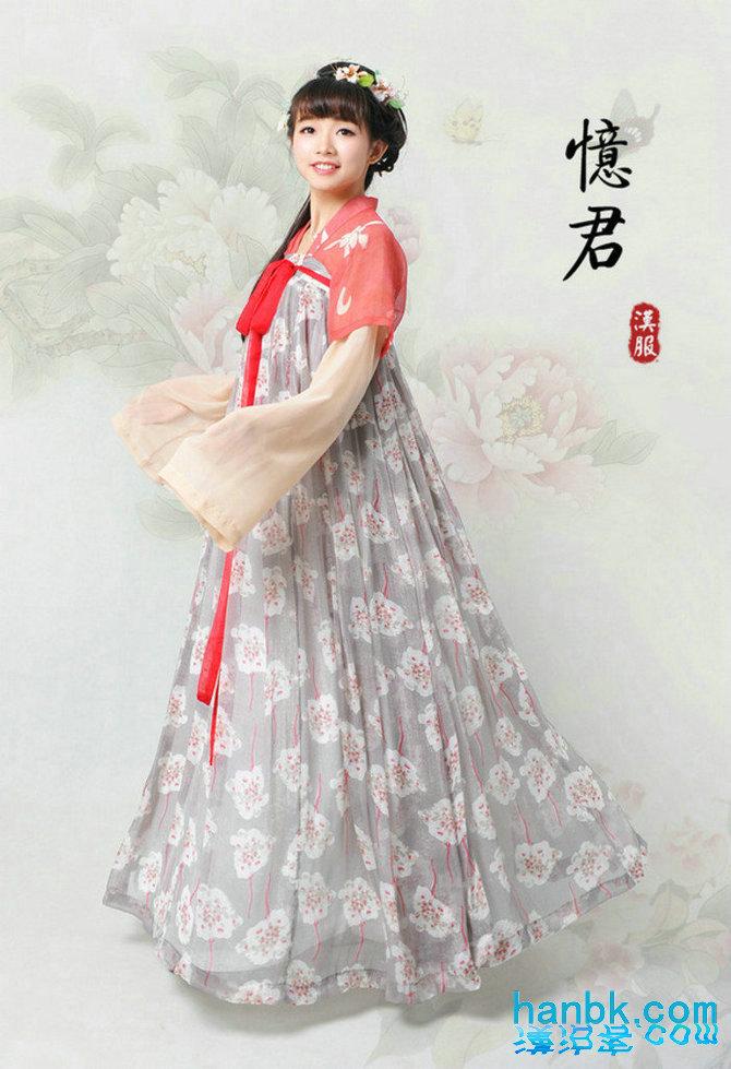 铅笔画古装汉服裙